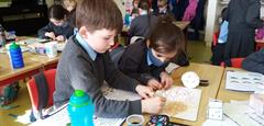 Young Architects and Engineers Building 3D Structures in